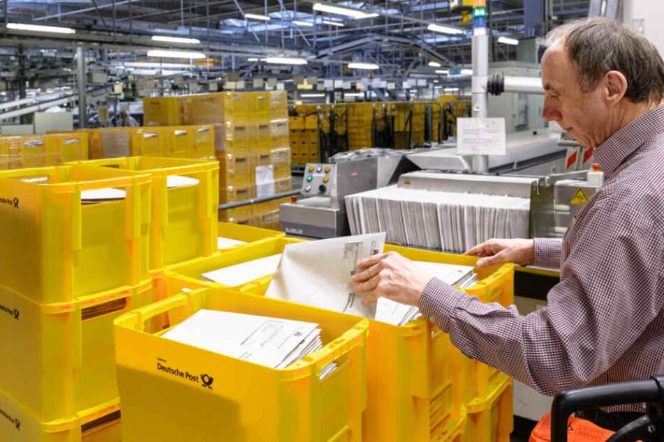 Bürgerschaftswahl in Hamburg: Post verteilt 1,3 Millionen Briefe
