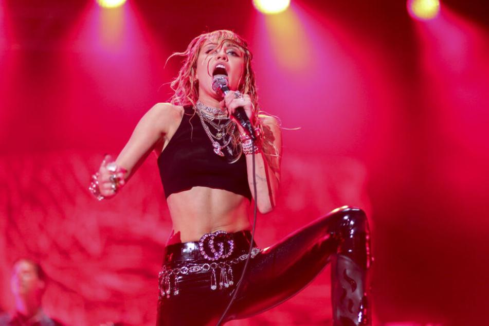 Miley Cyrus (27) kommt zum Lollapalooza nach Berlin.