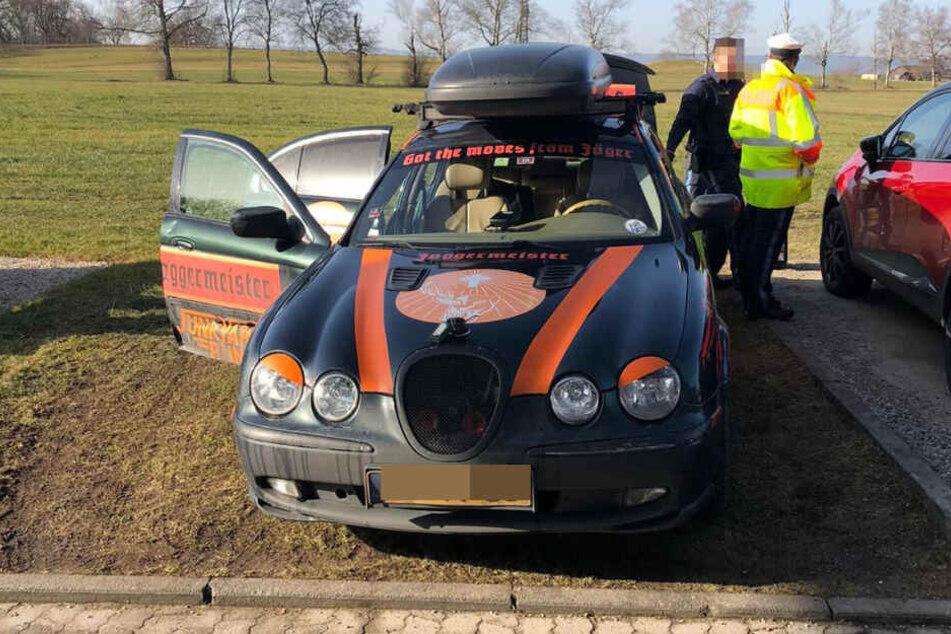 Einer der fünf Wagen, mit dem die Gruppe durch Oberbayern heizte.