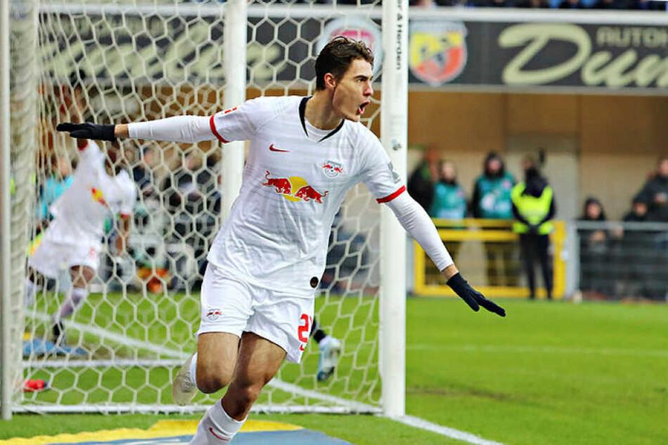 Bei seinem Startelf-Debüt traf Roma-Leihgabe Patrik Schick in der 3. Minute mit einem sehenswerten Lupfer zum 1:0.