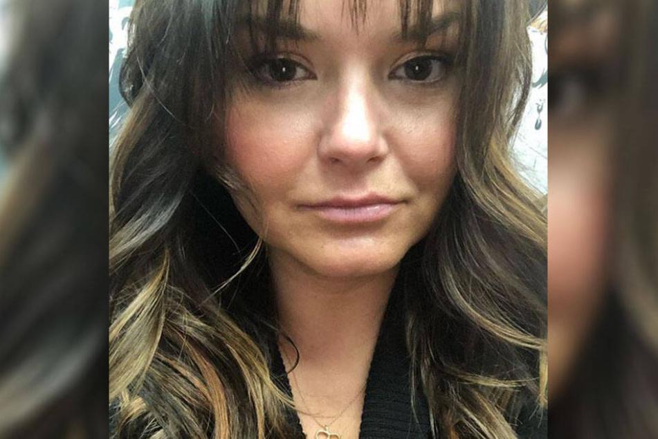 Adrienne Fragatos (27).