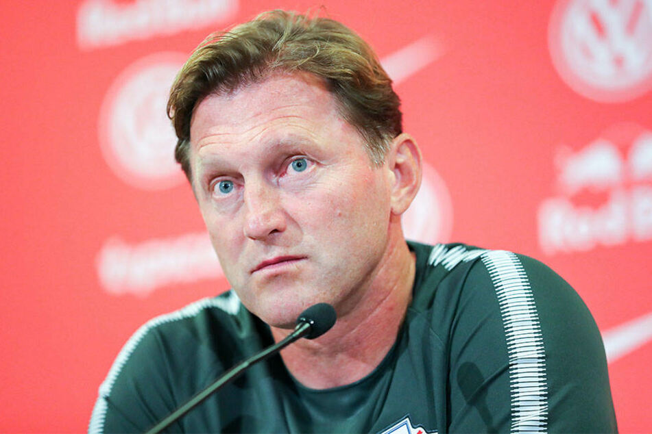 RB Leipzigs Cheftrainer Ralph Hasenhüttl hatte die Asienreise des FC Bayern aufgrund der Belastungen für die Spieler in Frage gestellt.