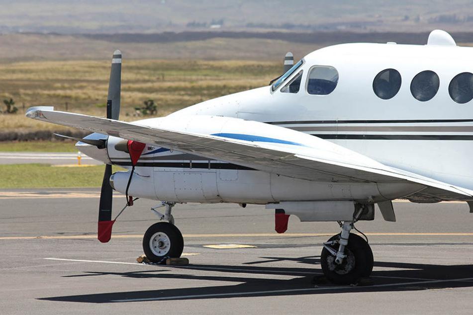 Pilot schläft am Steuer ein und fliegt 46 Kilometer übers Ziel hinaus