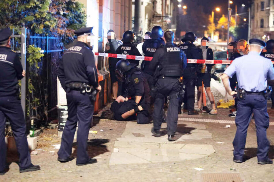 Eine Person wurde am Tatort festgenommen.