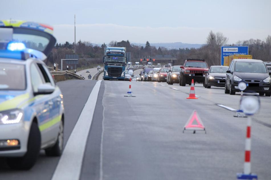 Nach dem Unfall bildete sich in Richtung Görlitz ein Stau.