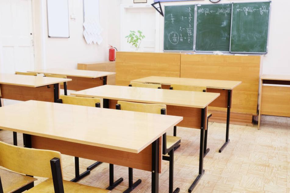 Die Täter haben mehrer Unterrichtsräume verschmutzt. (Symbolbild)