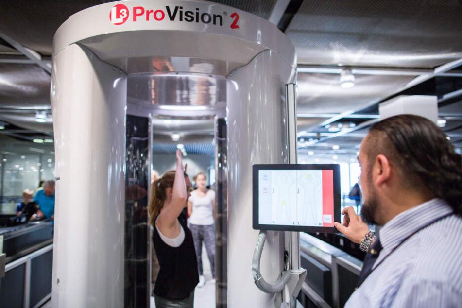 Ausgelagerte Kontrollen am Flughafen Düsseldorf: Kötter steigt aus!
