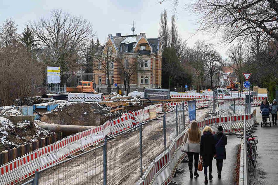 Entlang der Oskarstraße (Strehlen) wird aktuell gebaut.