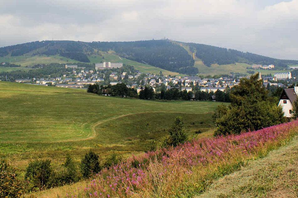 Mit nur 1,8 Grad war der Fichtelberg am Freitagmorgen der kühlste Ort in Sachsen.