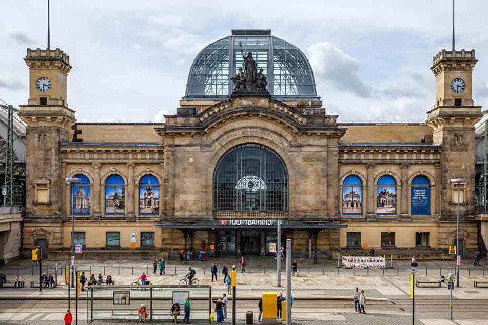 Am Dresdner Hauptbahnhof onanierte ein 49-jähriger Dresdner im Haltestellenbereich.