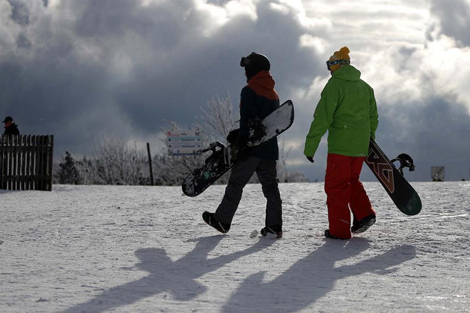 In Bulgarien kamen zwei Snowboarder durch einen Lawinenabgang ums Leben. (Symbolbild)