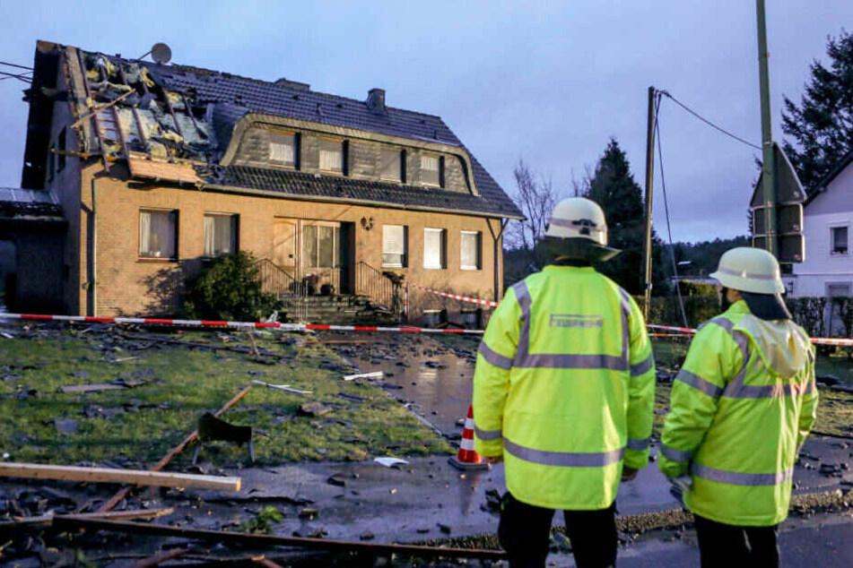 Der Wirbelsturm hat in der Gemeinde an der deutsch-belgischen Grenze schwere Schäden hinterlassen