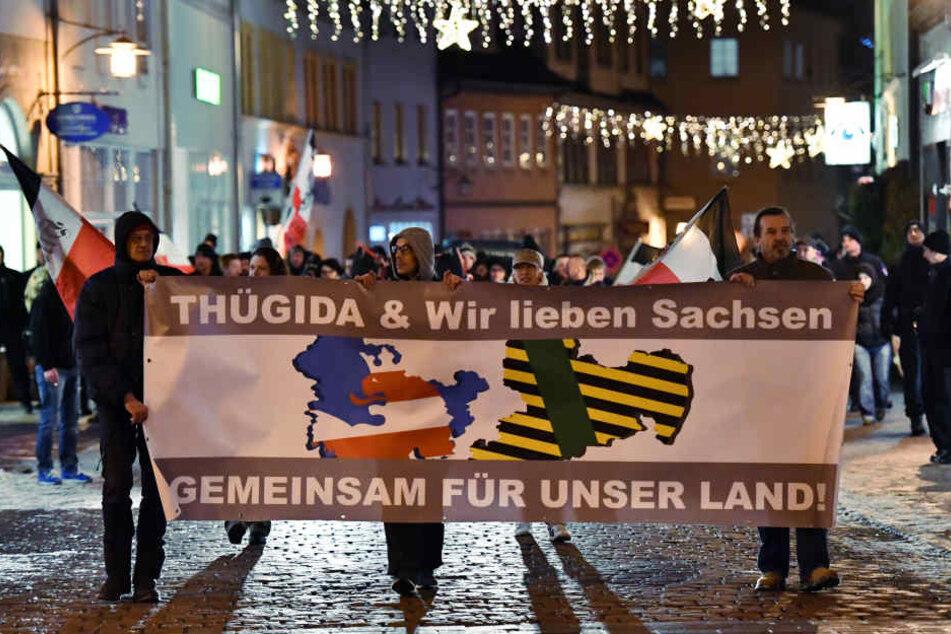 Der Thügida-Aufmarsch in Saalfeld verlief überwiegend friedlich. (Archivbild)