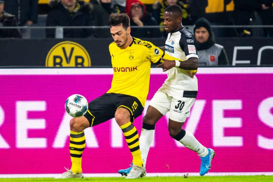 Mats Hummels und sein BVB bewiesen gegen Paderborn und Streli Mamba in der zweiten Halbzeit Moral.