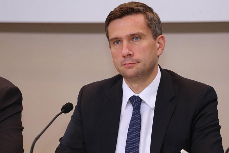 Martin Dulig (42) kritisiert die JVA Leipzig deutlich.