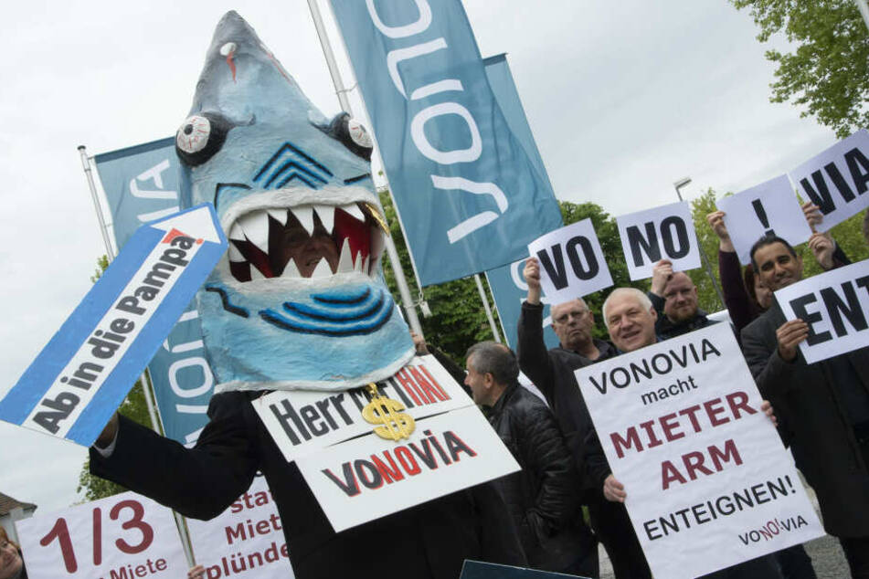Immer Ärger mit Vonovia: Auch vor der Zentrale in Bochum gab es Proteste.