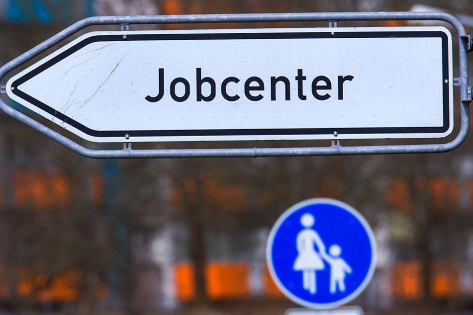 Um 0,5 Punkte sank die Arbeitslosenquote zum Vormonat.