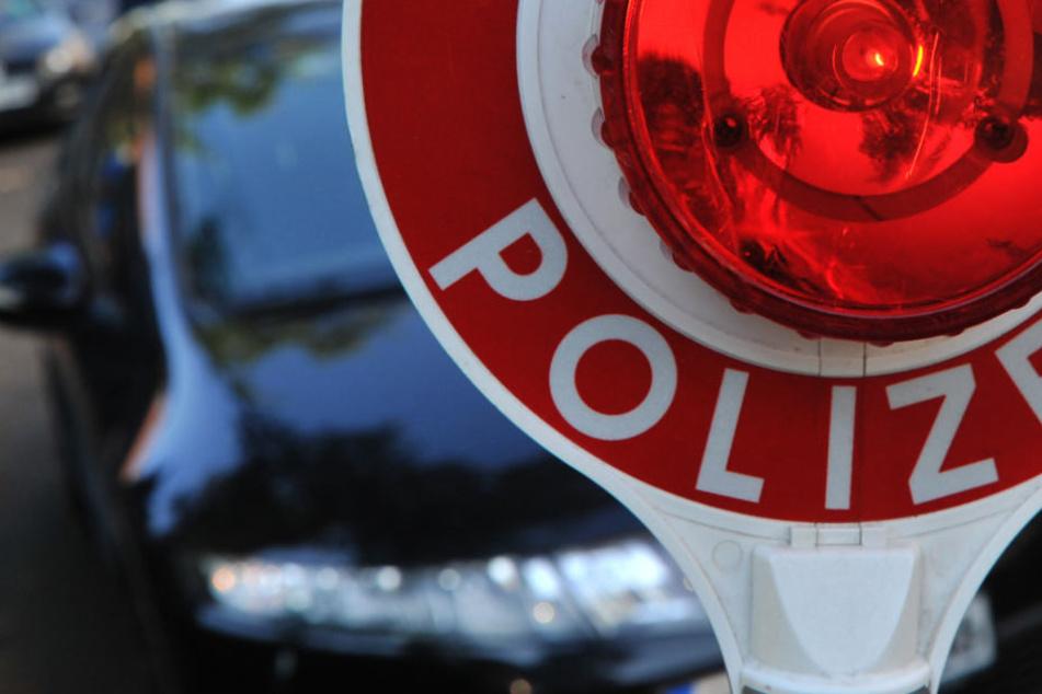 Unterwegs zur Beschneidungsfeier: Polizei stoppt Auto-Kolonne