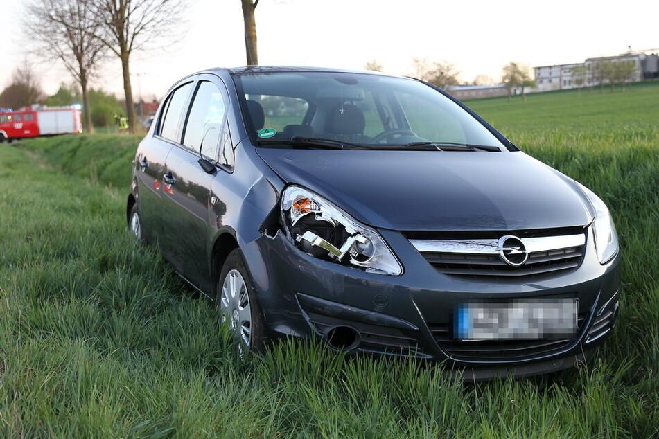 Der Opel erfasste die Radfahrerin.