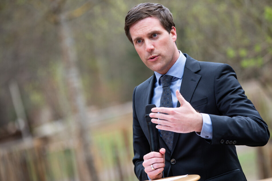 """CDU-Fraktionschef Manuel Hagel (32): """"Die Entscheidung über das Zulassen von Genderzeichen auf die einzelnen Schulen zu verlagern halten wir für den falschen Weg."""""""