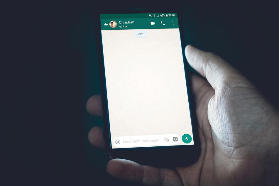WhatsApp-Nutzer müssen sich am Dienstagabend mit Probleme herumschlagen (Symbolbild).