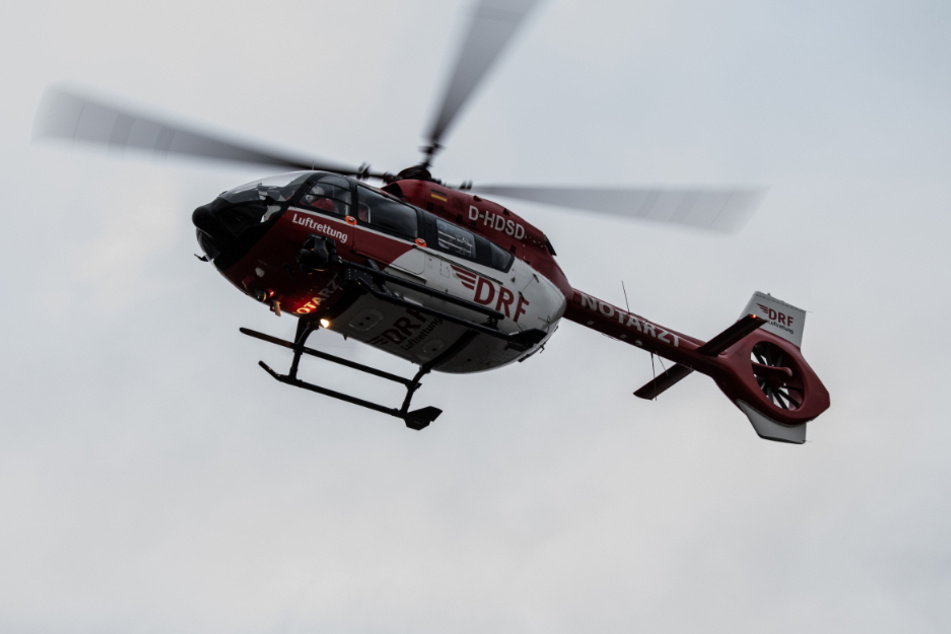 Ein Rettungshubschrauber brachte das Mädchen in eine Klinik. (Symbolbild)
