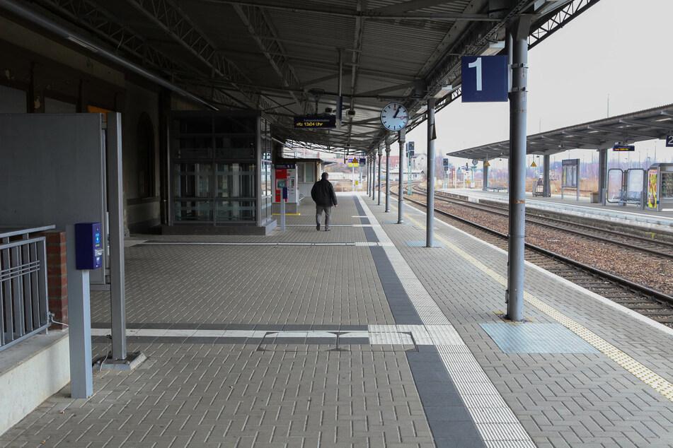 Im Bautzener Bahnhof endete die Reise für den Jungen. (Archivbild)