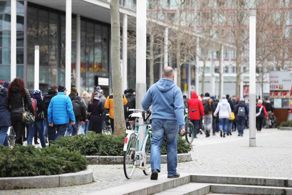 Über die Prager Straße gingen die meisten Demo-Teilnehmer zurück.