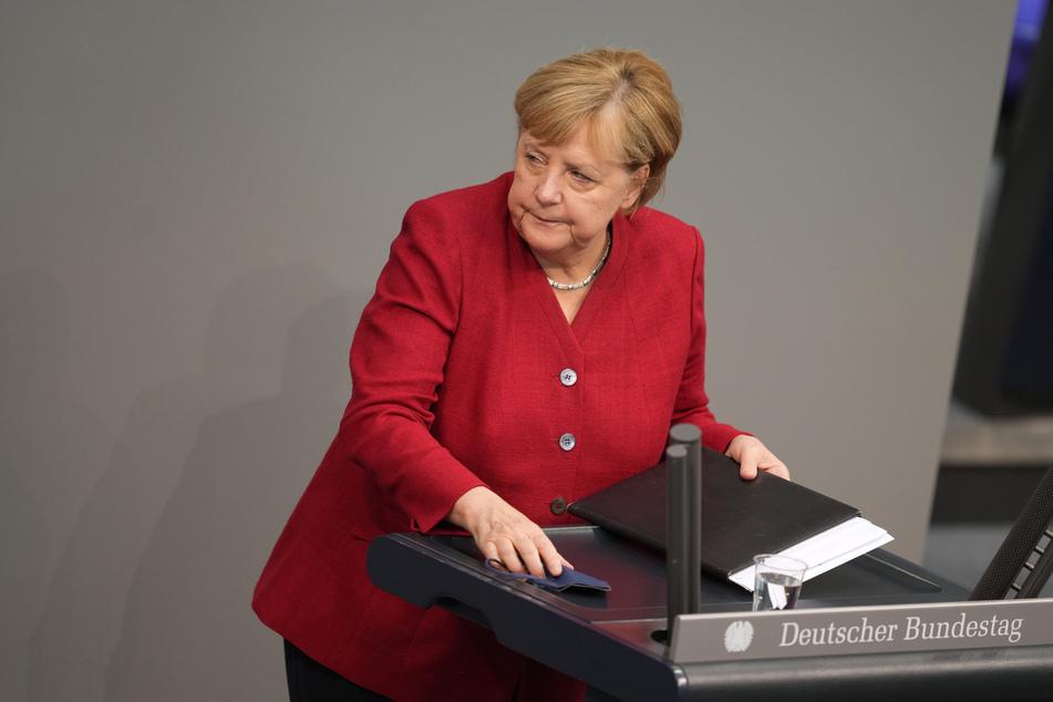 Bundeskanzlerin Angela Merkel (67, CDU). Wird die Regierung eine 3G-Regel für Züge und Flugzeuge durchsetzen können?