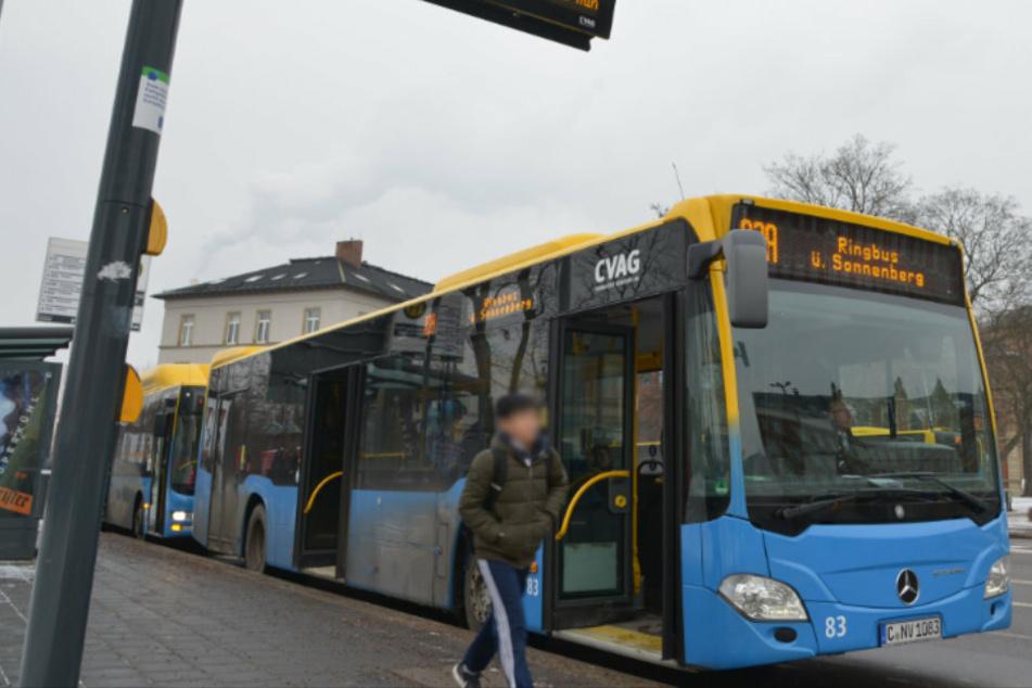 Rückkehr zur Normalität: Vordereinstieg und Ticketverkauf in Bussen kommt schrittweise wieder