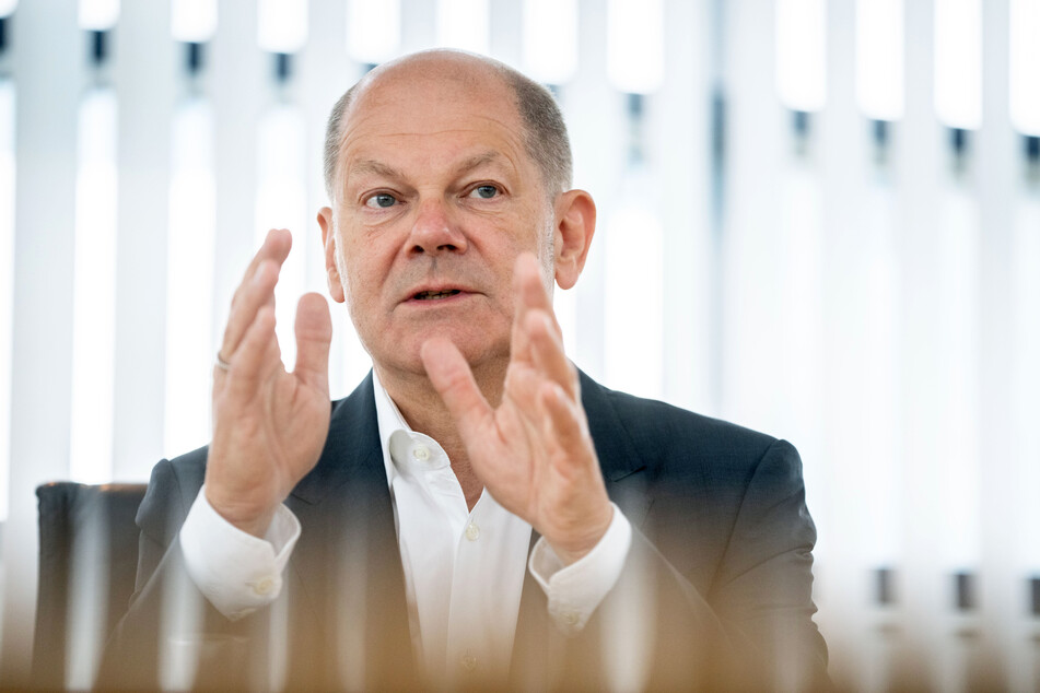 SPD-Politiker Olaf Scholz bei einem Interview (Foto: Kay Nietfeld/dpa).