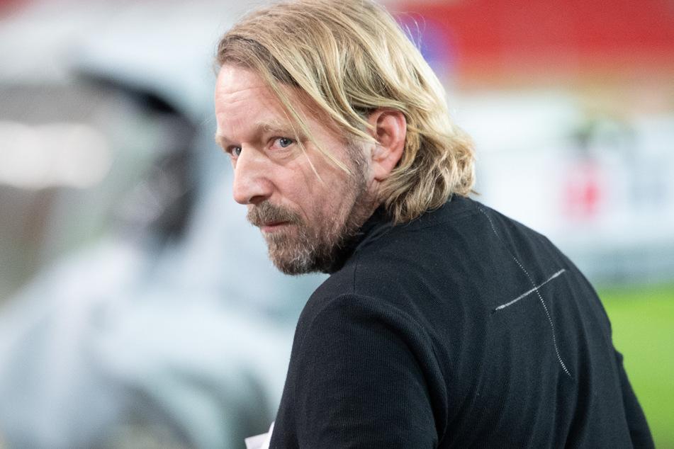 Bewahrt einen kühlen Kopf trotz Gerüchte um VfB-Stars: Stuttgarts Sportdirektor Sven Mislintat (48).