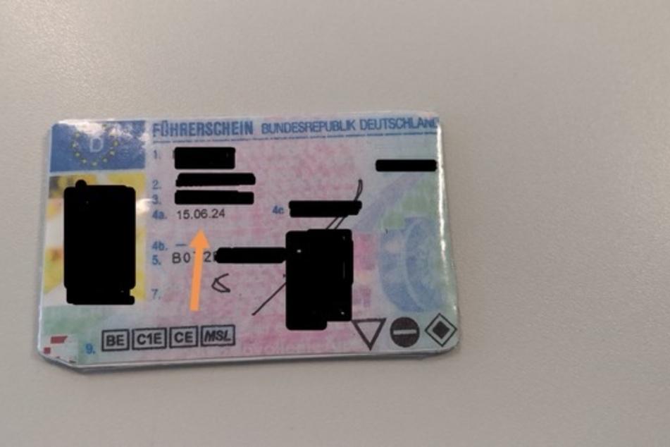 Polizei erwischt Mann mit sehr merkwürdigem Führerschein