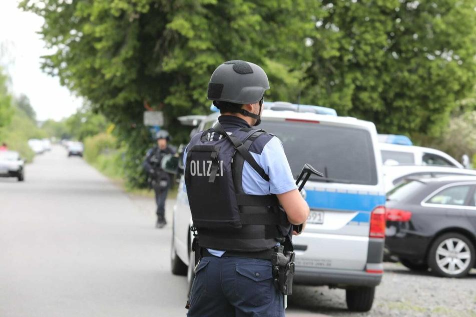 In der Erich-Thiele-Straße kam es am Sonntagnachmittag zu einem Großeinsatz der Polizei.