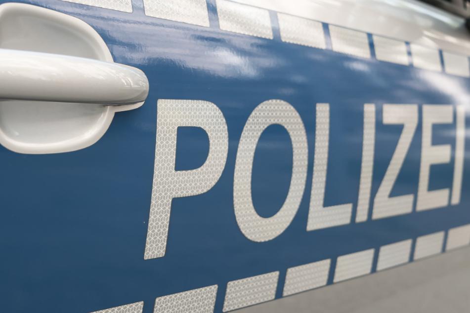 In der Dunkelheit lief Michael M. (24) laut Anklage einer Frau in Dresden hinter. (Symbolfoto)