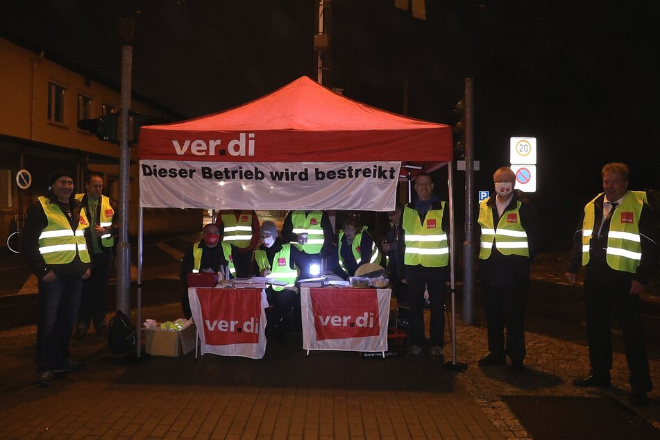 Gut zwei Wochen nach dem ersten Streik legten die Mitarbeiter der Dresdner Verkehrsbetriebe auch am Donnerstag wieder die Arbeit nieder.