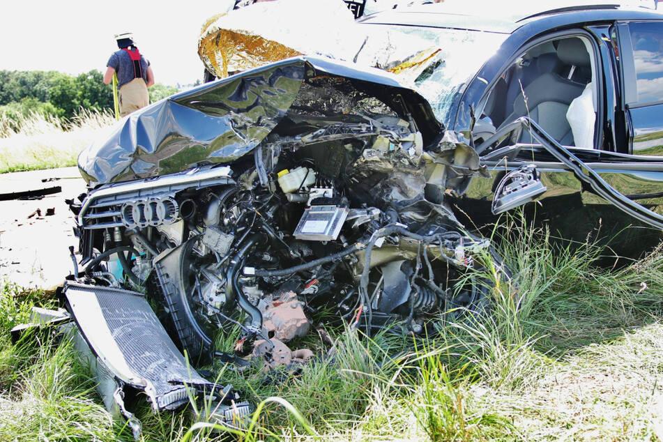 Frontal-Crash: Zwei Menschen schwer verletzt