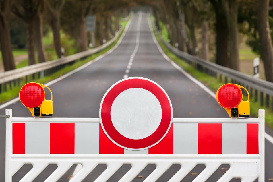 Nichts geht mehr auf der B169. Die Bundesstraße ist bei Stützengrün voll gesperrt. Ende Juli kommt noch eine Vollsperrung der B283 dazu. (Symbolbild)