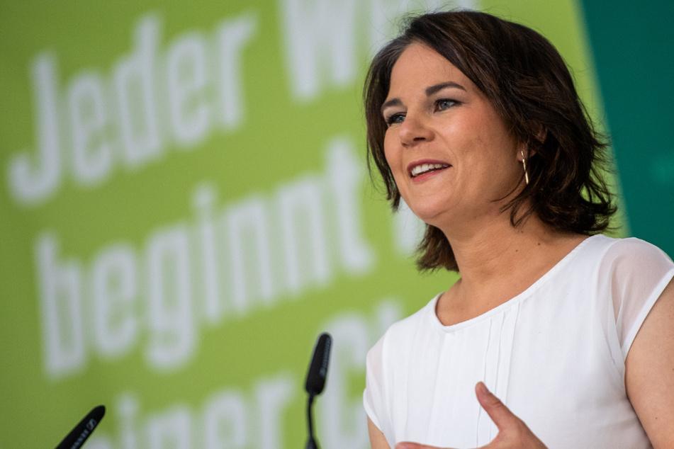 Weil sich Sprache verändert, möchte Annalena Baerbock (40) auch Gesetzestexte neu entstehen lassen.