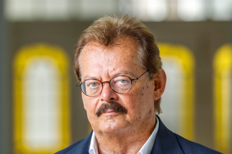 Professor Dr. Michael Albrecht (70), Chef der Dresdner Uniklinik.