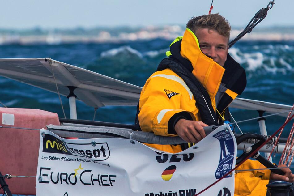 Nach rund zehn Tagen auf See: Solosegler Melwin Fink (19) mit historischem Etappenerfolg