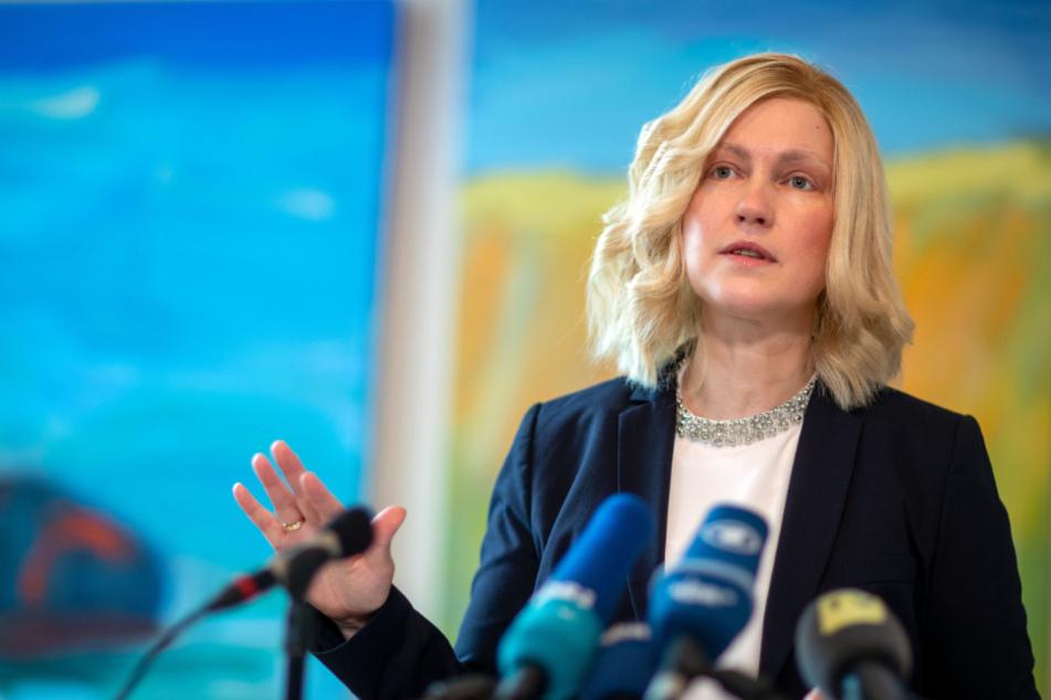 Mecklenburg-Vorpommerns Ministerpräsidentin Manuela Schwesig (SPD) will keine Entwarnung geben.