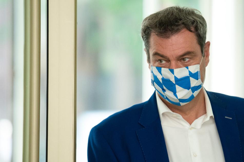 """""""Peinlich"""", """"Körperverletzung"""": Volle Breitseite für Söder nach Corona-Panne"""