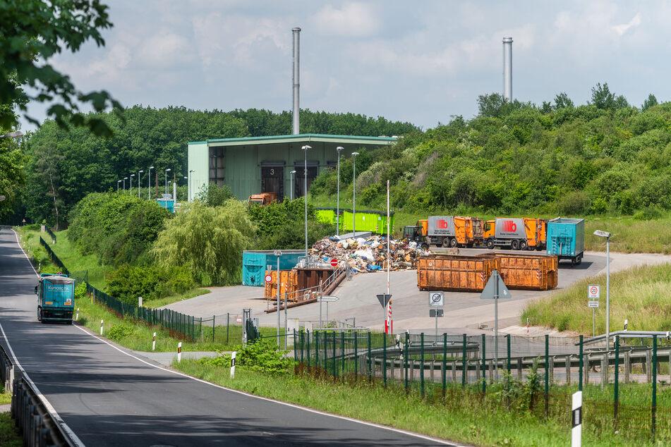 Ärger um die Schulden beim Abfallwirtschafts-Zweckverband Chemnitz: Die Stadträte wollen künftig schneller informiert werden.