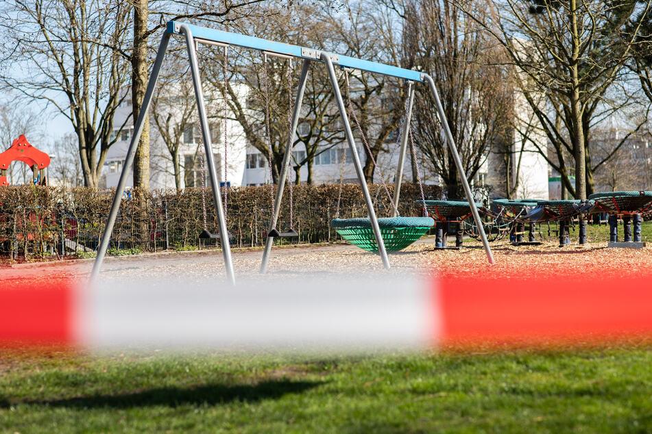 Gesperrte Spielplätze, Oma treffen verboten: Gerade für Kinder hat sich der Alltag wegen des Coronavirus deutlich verändert.