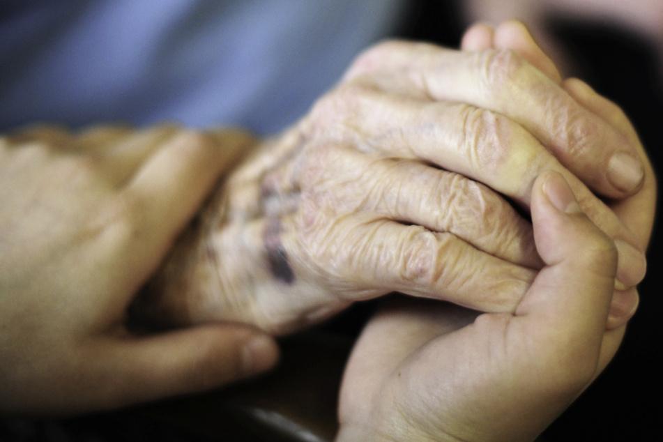 Coronavirus: Reicht der Schutz für Pflegeheim-Bewohner nach Todesfällen aus?