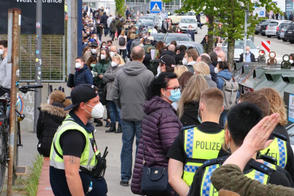 """Hamburg: Nach Impf-Chaos: Hamburg stellt """"unfreiwilligen Rekord"""" auf!"""