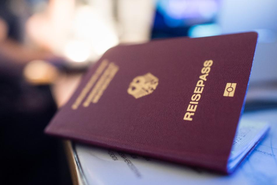 EU-Bürger brauchen bald Reisepass für Großbritannien