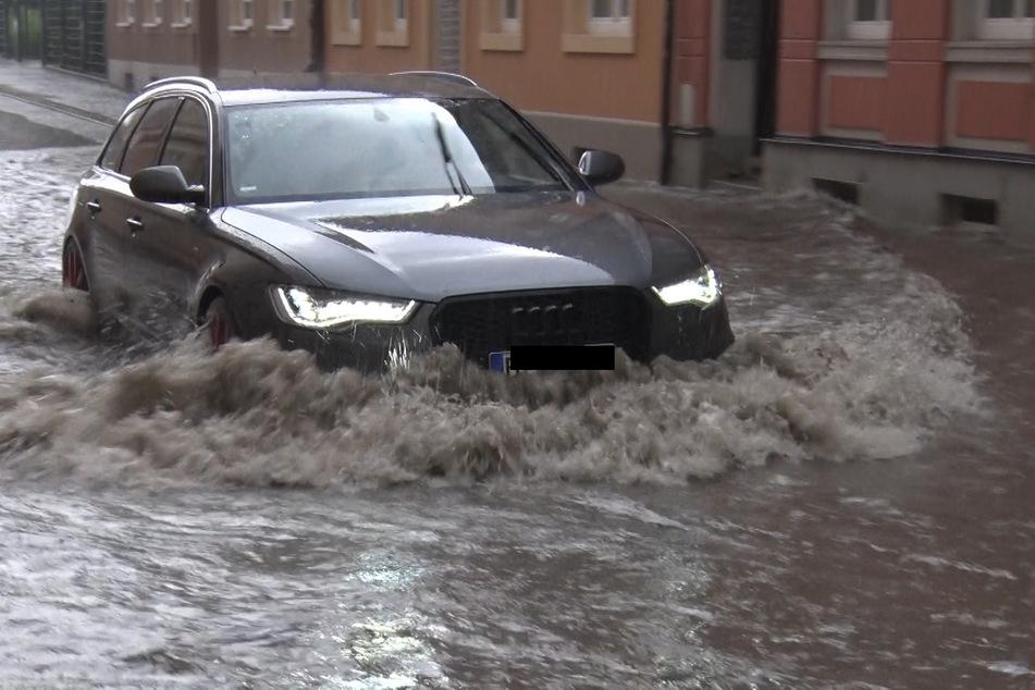 In Bautzen regnete es in nur 20 Minuten 40 Liter je Quadratmeter. Die Folge waren Überschwemmungen.