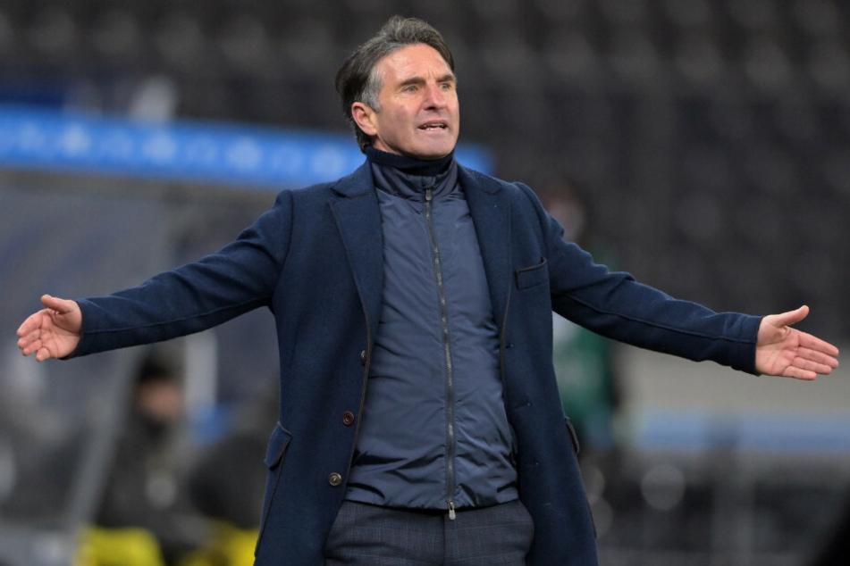 Hertha-Coach Bruno Labbadia (54) ist weiterhin auf der Suche nach Führungsspielern und ist sich bewusst, dass dieser Prozess noch länger andauern wird.